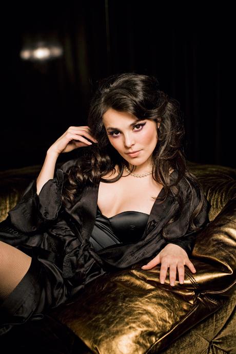 самые красивые девушки России: Сати (Сатаней) Казанова фото