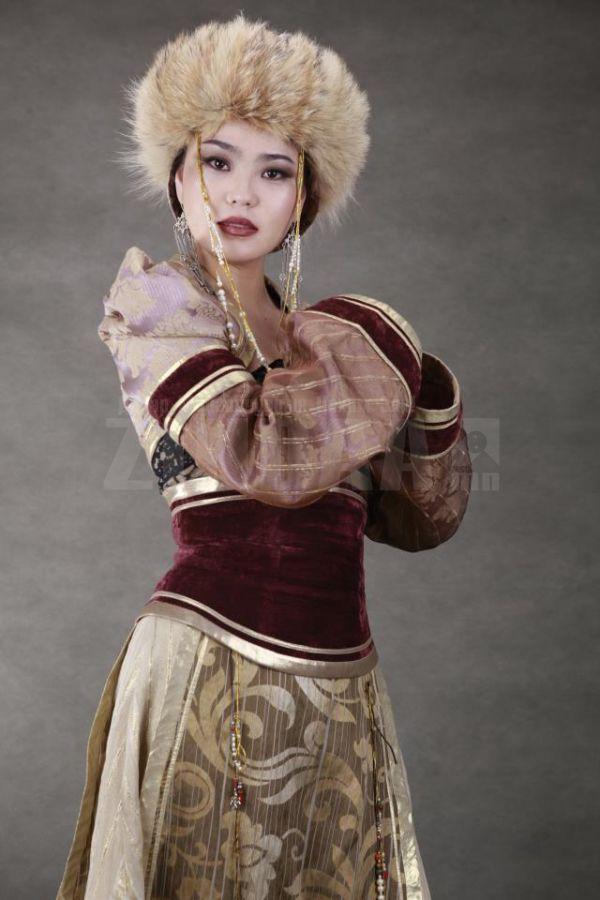 самые красивые девушки-монголки: А.Түмэн-Өлзий. фото