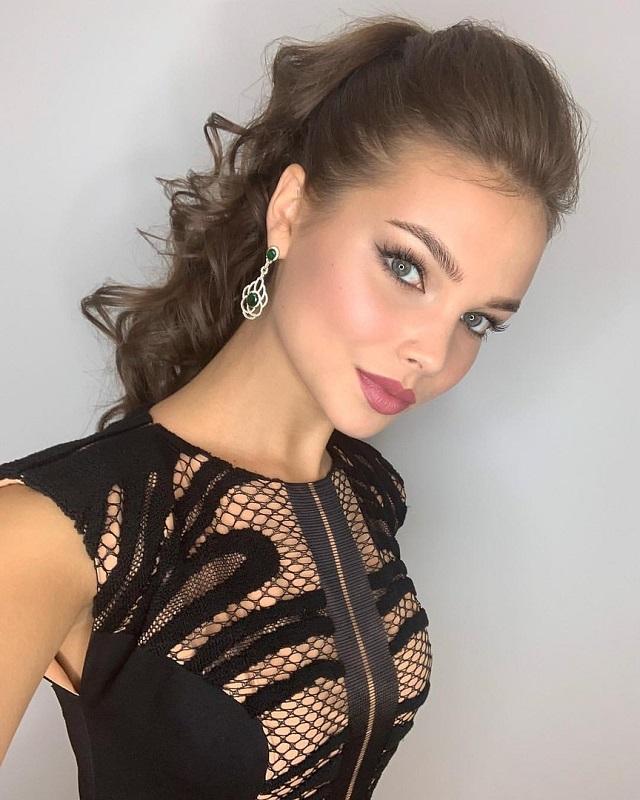 Голые русские модели мисс россия, взрослые учат молодых мастурбировать