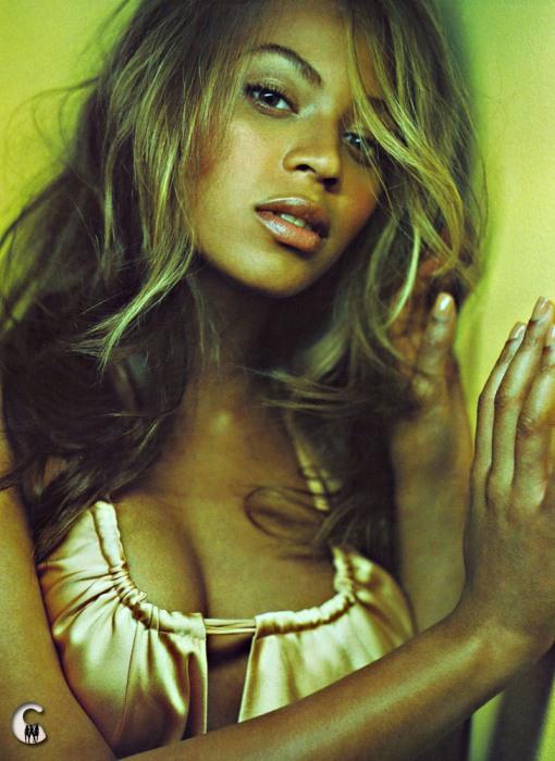 Бейонсе Ноулз (Beyoncé Knowles) - самая красивая мулатка и самая красивая темнокожая девушка (фото)