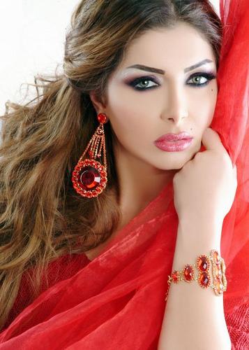 Самая красивая женщина Ирака ассирийка Клодия Ханна / Klodia Hanna. Фото