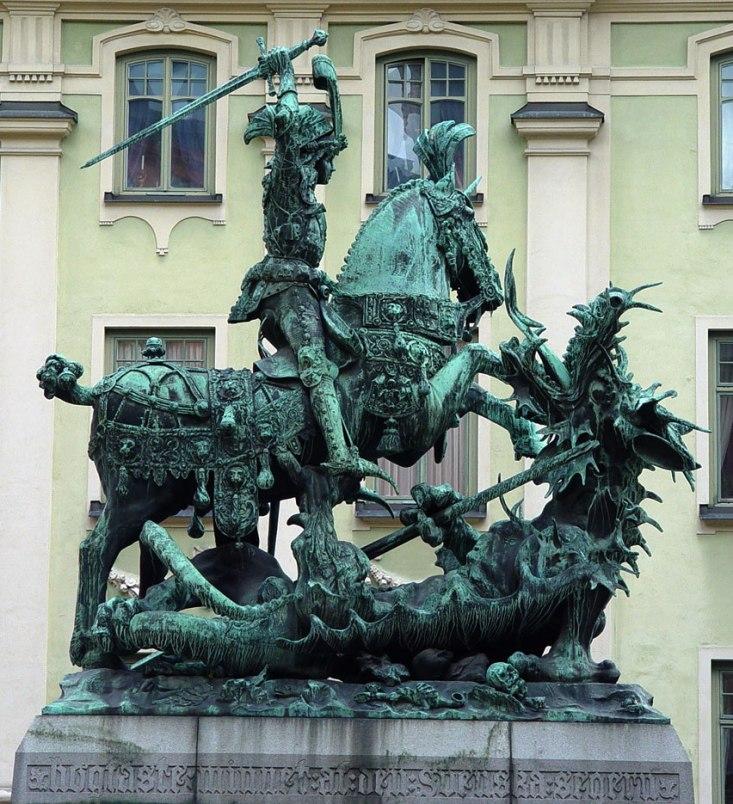 Георгий Победоносец. Статуя в Стокгольме (Швеция)