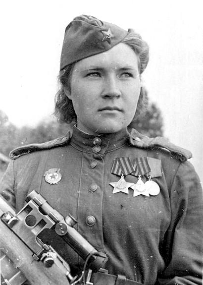 Снайпер Любовь Макарова. Фотография