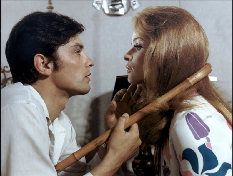 Сента Бергер и Ален Делон. Фото /  Senta Berger and Alain Delon photo. Дьявольски ваш / Diaboliquement votre. 1967