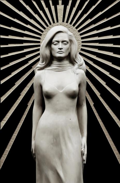 памятник на могиле Далиды