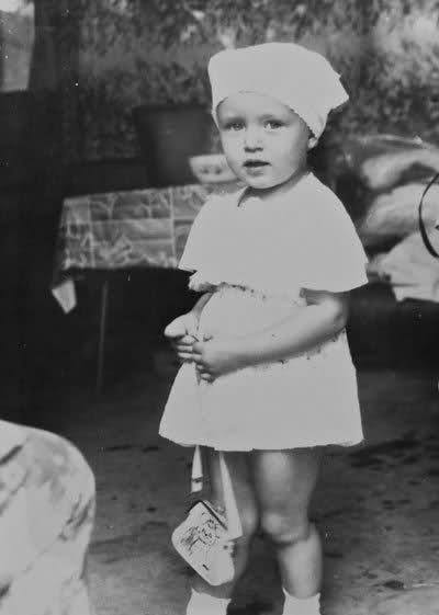 Ксения Сухинова в детстве. Фото / Ksenia-Sukhinova in childhood. Photo