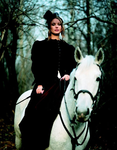 Оксана Фёдорова на лошади. Фото