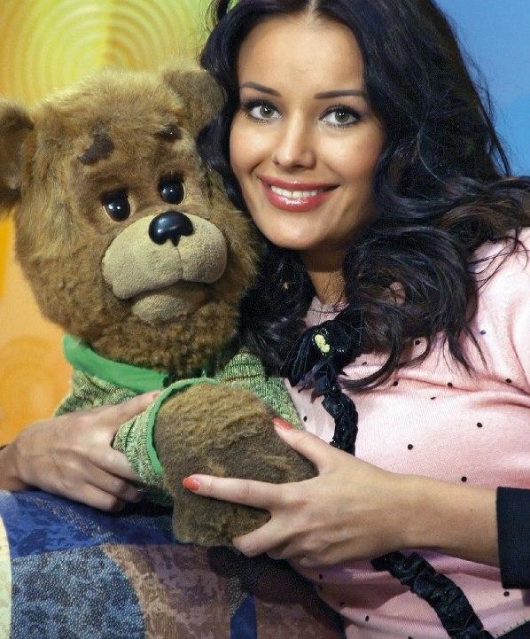 Оксана Фёдорова и Мишутка (Спокойной ночи, малыши!). Фото
