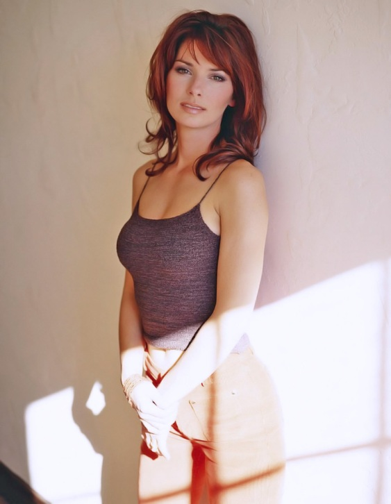 Красивая канадка Шанайа Твейн. Фото / Shania Twain photo