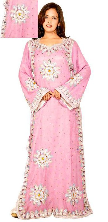 Красивый мусульманский наряд - джалабия. Фото / jalabiya photo
