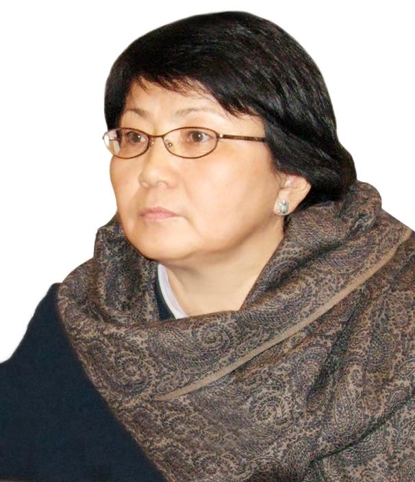 Роза Отунбаева фото