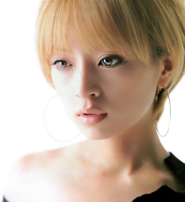 красивая японка Аюми Хамасаки. Фото / Ayumi Hamasaki photo