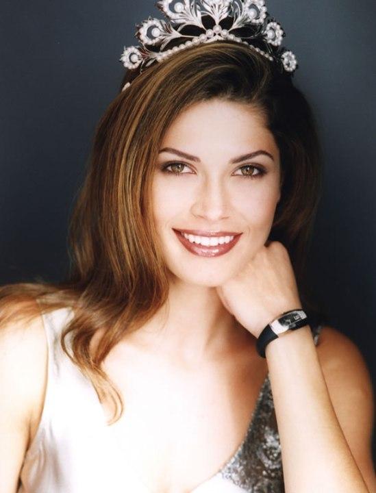 Хустина Пасек Мисс Вселенная 2002 фото / Justine Pasek Miss Universe 2002 photo
