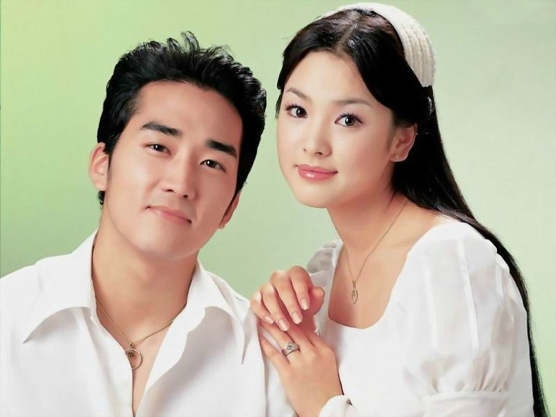 Южнокорейские актёры Сон Сын Хон и Сон Хе Гё. Фото / Song Seung Heon & Song Hye Kyo. Photo
