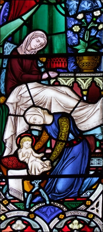 Рождество Девы Марии. Витраж в храме города Бирмингем (Англия) / Birth of the Virgin Mary