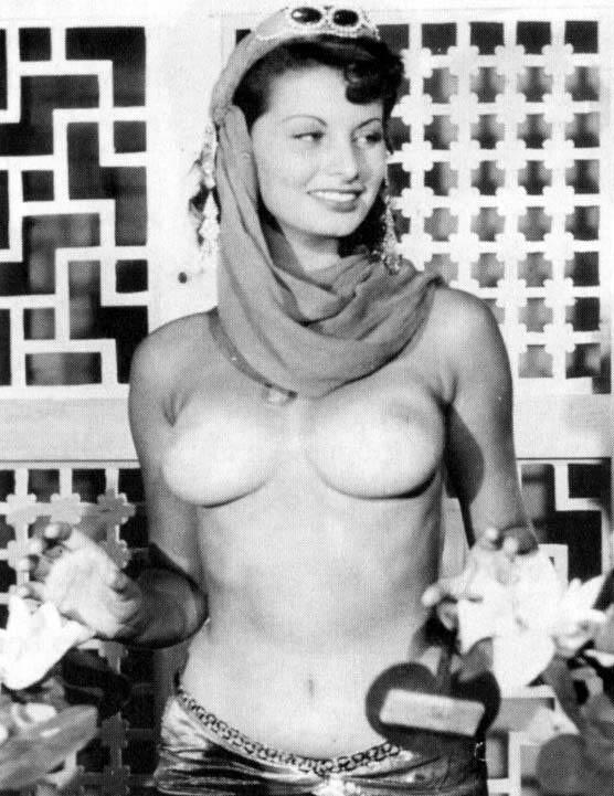 Обнажённая Софи Лорен. Фото / Sophia Loren nude. Photo