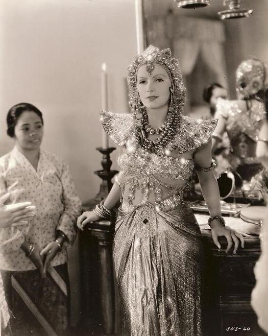 http://top-antropos.com/images/9/Greta_Garbo/Greta%20Garbo%20(19).jpg