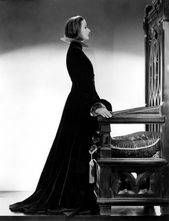 http://top-antropos.com/images/9/Greta_Garbo/Greta%20Garbo%20(2).jpg