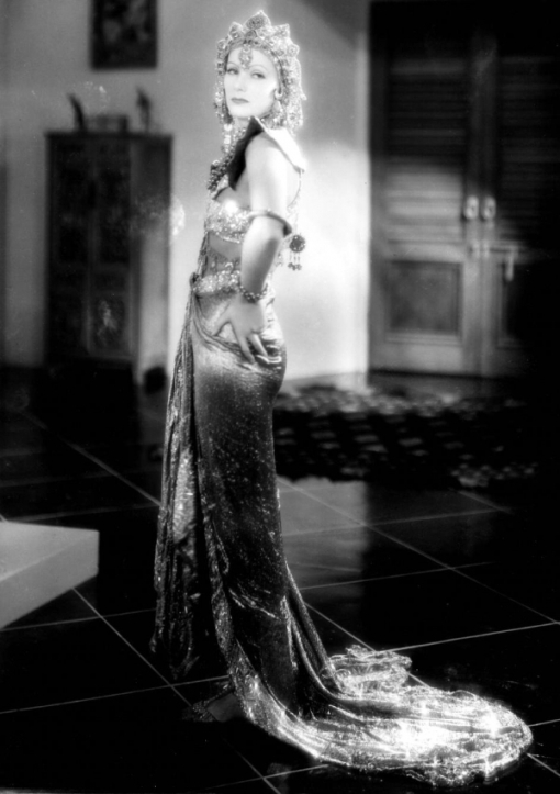 http://top-antropos.com/images/9/Greta_Garbo/Greta%20Garbo%20(4).jpg