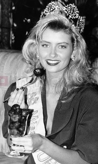 исландка Линда Петурсдоттир Мисс мира 1988 Фото / Linda Pétursdóttir (Iceland) Miss World 1988 Photo