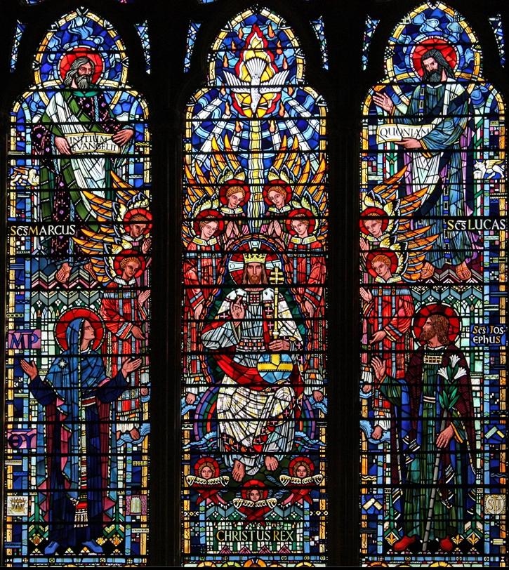Дева Мария, Иисус Христос и Иосиф Обручник. Витраж в храме святой Этелдреды в Лондоне