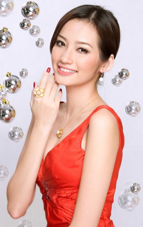 красивая вьетнамка Truong Tri Truc Diem, Miss Vietnam International 2011. Photo
