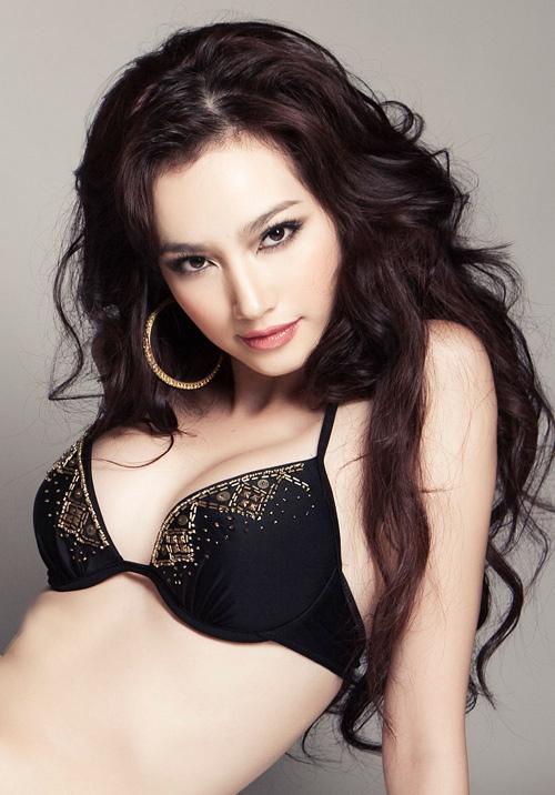 Красивая вьетнамка в купальнике. Фото / Truong Tri Truc Diem, Miss Vietnam International 2011. Photo